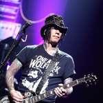 Guns N' Roses. 11-05-2012 Stadium Live